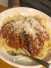 olive garden family dinner and leftovers made easy with olive garden giveaway
