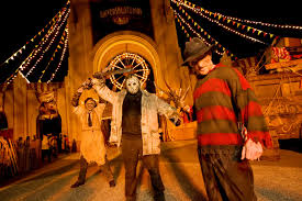 halloween horror nights universal studios hollywood be afraid be very afraid buzz ie
