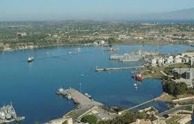 porti atene report porti in sicilia trasportate 64 mln tonnellate di merci