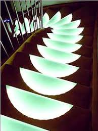 led treppe paltian treppenbau setzt auf led technik leuchtende stufen