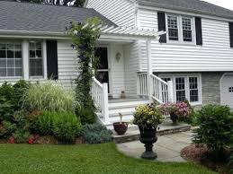 Split Level Style Bi Level Landscaping Bi Level House Landscaping Ideas Bi Level
