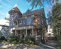 House Week Providence Victorian Has Lots Period Details
