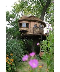 Amazing Tree Houses by 10 Of The Most Amazing Treehouses From Around The World Higher