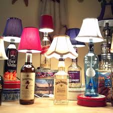 diy bottle lamp this would make such a cool gift for anyone who