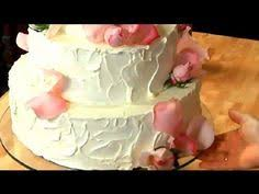 cool make a simple homemade wedding cake with help from a