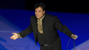 famous mexican singers juan gabriel was mexico u0027s icon u2014 but he never spoke of his
