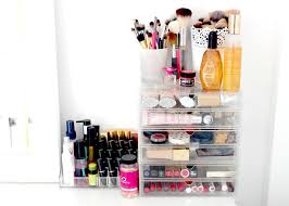 Hair And Makeup Storage Ikea Malm Dressing Table Makeup And Beauty Storage Ideas Makeup