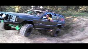 camo jeep cherokee another jeep cherokee hill climb dual exhaust youtube