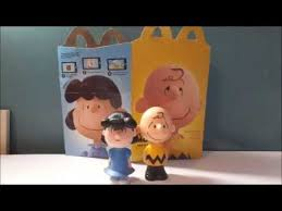 peanuts movie lucy charlie brown 2015 mcdonalds happy meal