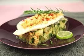 cuisiner le turbot recette filets de turbot piqué au chorizo sur caviar de courgettes