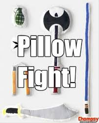 Pillow Fight Meme - pillow fight funny pictures funny pinterest pillow fight