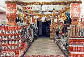 decorating a store for rainforest islands ferry