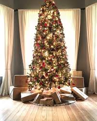 pictures of homes decorated for christmas celebrity christmas decor 2016 glamour