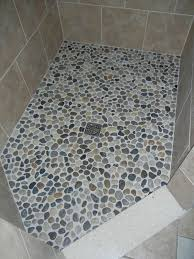 kieselsteine im bad kieselstein fußboden create a living kieselsteine
