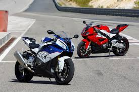 bmw 1000 rr bmw s1000rr 2015 on review mcn