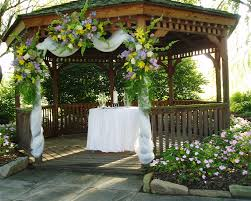 Cheap Outdoor Wedding Decoration Ideas Would Love To Decorate The Front Of The Gazebo Like This But In