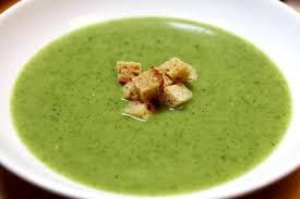 cuisiner courgette soupe à la courgette cuisiner c est facile
