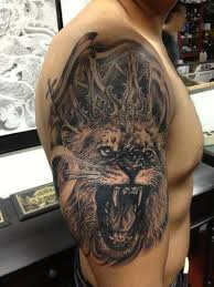 lion king crown tattoo design for men photos pictures and