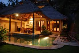 bali style house design gree grass courtyard garden idea pond