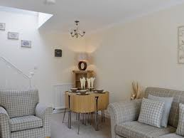 Living Room Song Song Bird Cottage Ref W43203 In Scaniport Near Inverness