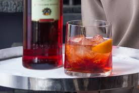 campari negroni toast to a good cause negroni week 2017 prestige online