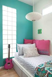 Light Blue And Silver Bedroom What Color Goes With Light Blue Furnitureteams Com