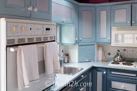 what paint to use on melamine kitchen cabinets how to paint melamine kitchen cabinets