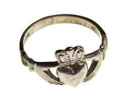 fenian ring claddagh ring a brief history