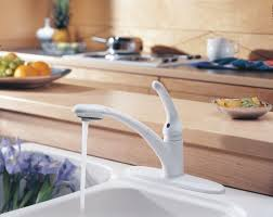Delta Faucet 470 Signature Kitchen Collection Delta Faucet