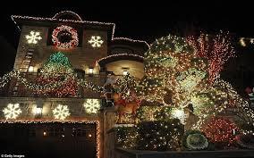 dyker heights brooklyn christmas lights brooklyn neighborhood s christmas lights draw visitors from around
