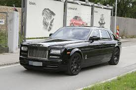 phantom roll royce next generation rolls royce phantom spied for the first time