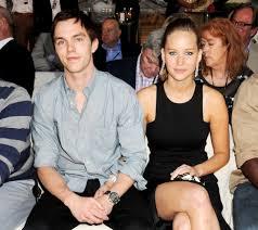 chris martin and jennifer lawrence jennifer lawrence u2013 family family tree celebrity family