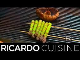 ricardo cuisine comment griller asperges et chignons sur le barbecue ricardo
