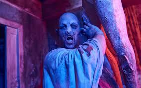 spirit halloween returns review halloween horror nights 27