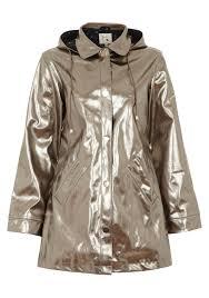 lightweight rain macs to keep you dry