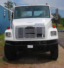 2003 freightliner fl80 truck cab and chassis item d5970