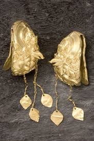 gold earrings philippines gold of ancestors pre colonial treasures in the philippines