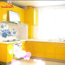 revetement adhesif pour meuble cuisine revetement pour meuble de cuisine poser un papier adhsif sur des