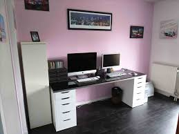 ikea bureau besta notre bureau de travail plan diy a partir meubles ikea besta ikea