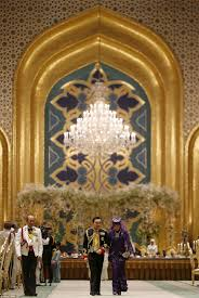 sultan hassanal bolkiah plane sultan of brunei u0027s son prince abdul malik gets married in a sea of