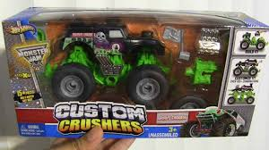 monster trucks youtube grave digger madusa grave digger monster truck song theme youtube dennis