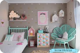 decoration chambre fille inspiration déco pour une chambre de bébé poétique mômes et