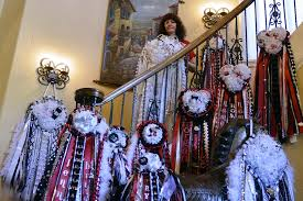 homecoming corsages homecoming mums inside a larger than tradition kera news