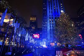 photos scenes from the 84th annual rockefeller center christmas