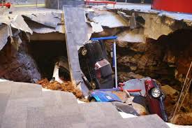 corvette musuem sinkhole swallows 8 corvettes at national corvette museum in