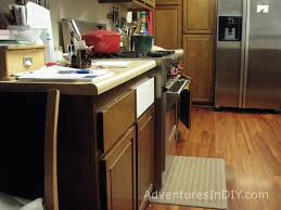 painting kitchen cabinets u2013 day 1 u2013 adventures in diy