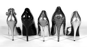 how to walk in high heels shoes instructions and tips