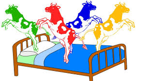 animated animals for children five little cows jumping on the animated animals for children five little cows jumping on the bed farm animals finger family song