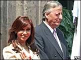 Kirchner espera Chávez discreto para não atrapalhar Cristina