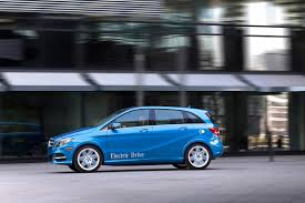 mercedes city car leicester city players get merc b class electric drive cars for